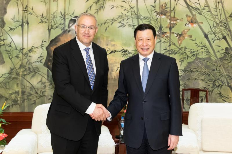 花卉王国这座友城与上海结好40年,应勇市长邀请参加崇明第十届中国花博会