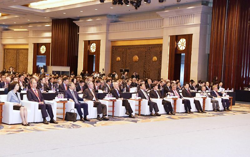 刘鹤、李强出席第十一届陆家嘴论坛,共同为科创板开板