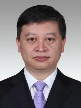上海20名市管干部任职前公示,李晨昊拟任市委副秘书长、市委办公厅主