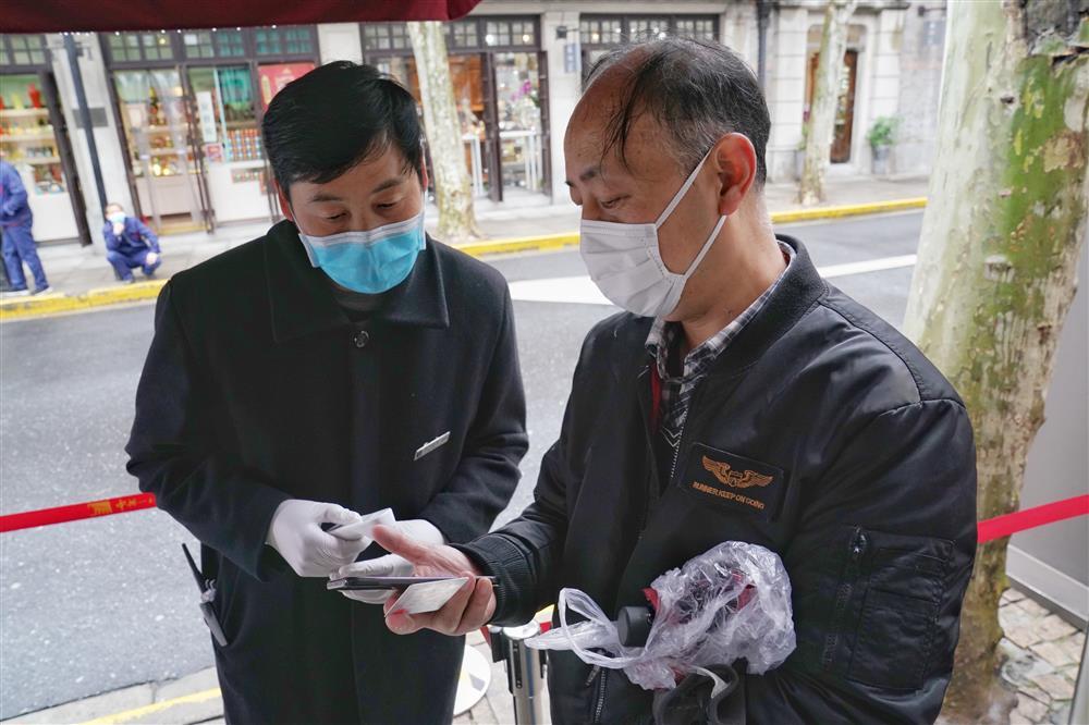 一大会址恢复开放第一天,一位甘肃老师要把党史知识带给藏族孩子