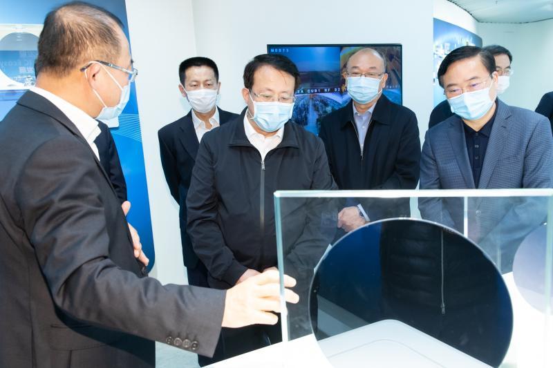 抓发展、稳增长,上海代市长赴浦东调研这些重要产业