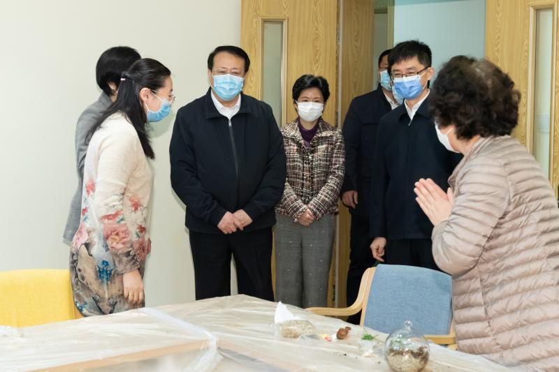 龚正代市长赴养老机构、菜市场和旧改基地调研上海民生保障工作