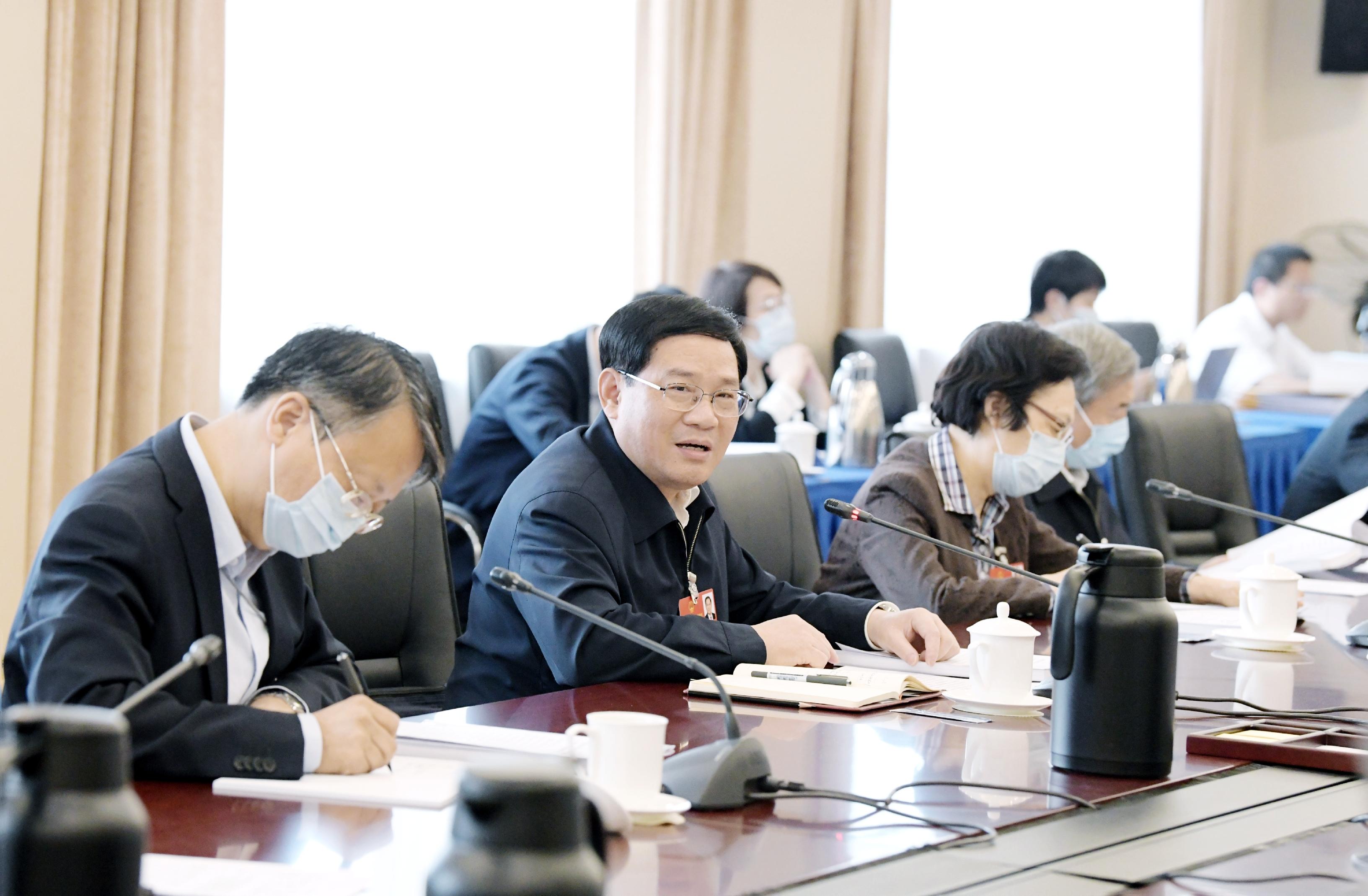 上海团分组审议民法典草案,李强、龚正谈这个重大法治建设部署