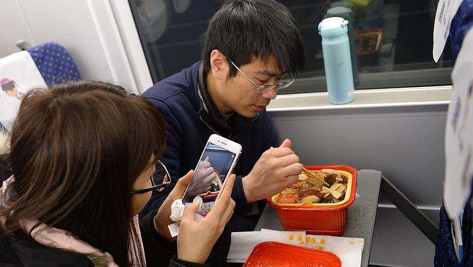 餐饮业利润骤跌10个点,方便火锅是餐企提高利润的新途径?