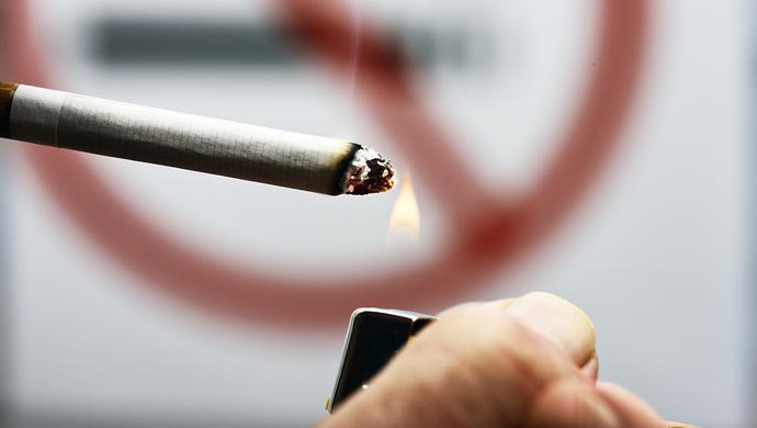 「吸烟」的圖片搜尋結果