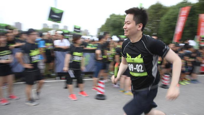 """这场在上海安亭的路跑赛事为何受到""""汽车人""""的追棒?"""