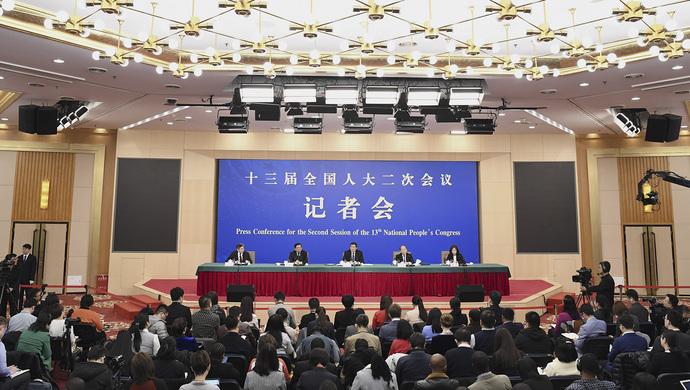 中国真出现消费降级了吗?国家发改委正面回应