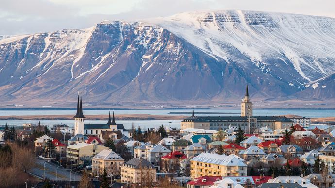 冰岛人口疫情_冰岛极光