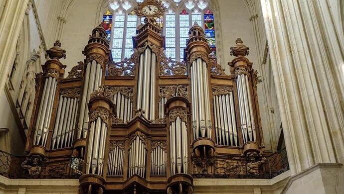 法国南特大教堂被烧毁的管风琴,曾经有多美?