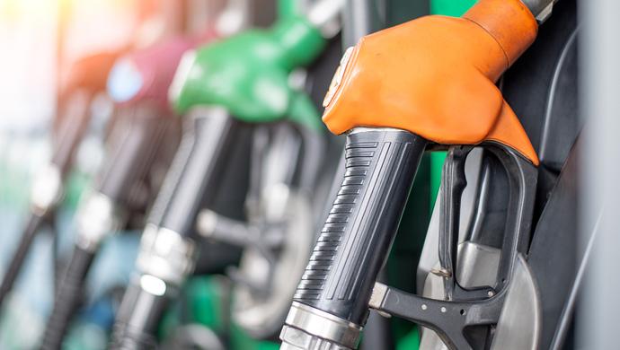 两批次加油站点成品油不合格,增加油耗或有闪燃隐患