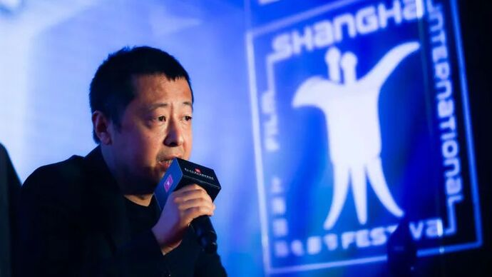从农村赶到上海复工的贾樟柯说:100多天的等待,让我们重新理解了电影