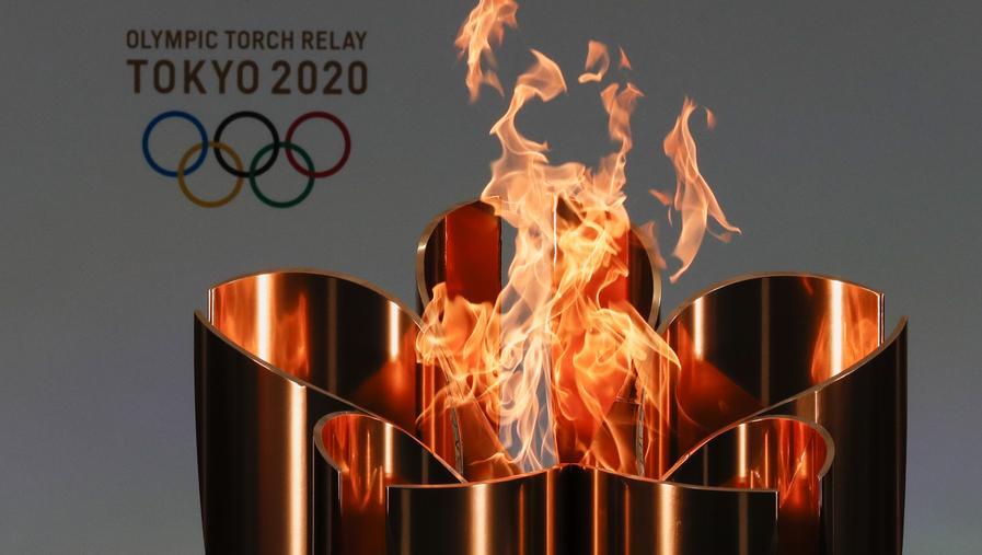 奥运圣火抵达东京,公共道路上的圣火传递已被取消插图