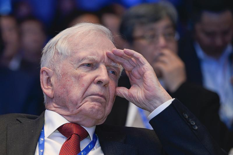 26位诺贝尔奖得主出席在上海举行的世界顶尖科学家论坛