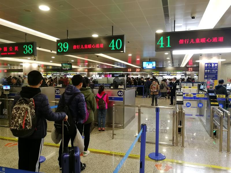 春节长假上海出入境客流高峰如期而至