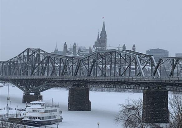 这个寒冬腊月,我们一家从加拿大自驾到了美国